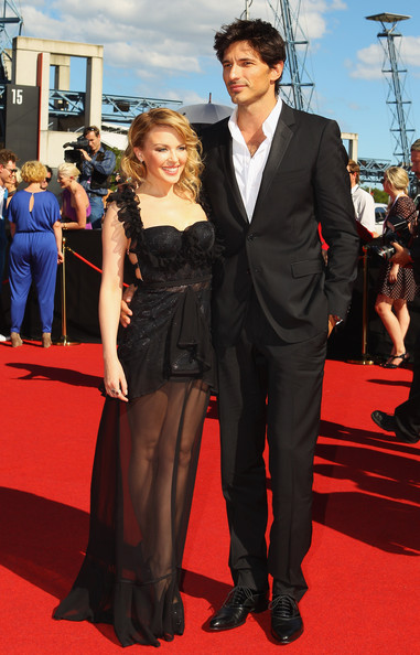 Kylie Minogue is no hot senorita in Richard Nicoll